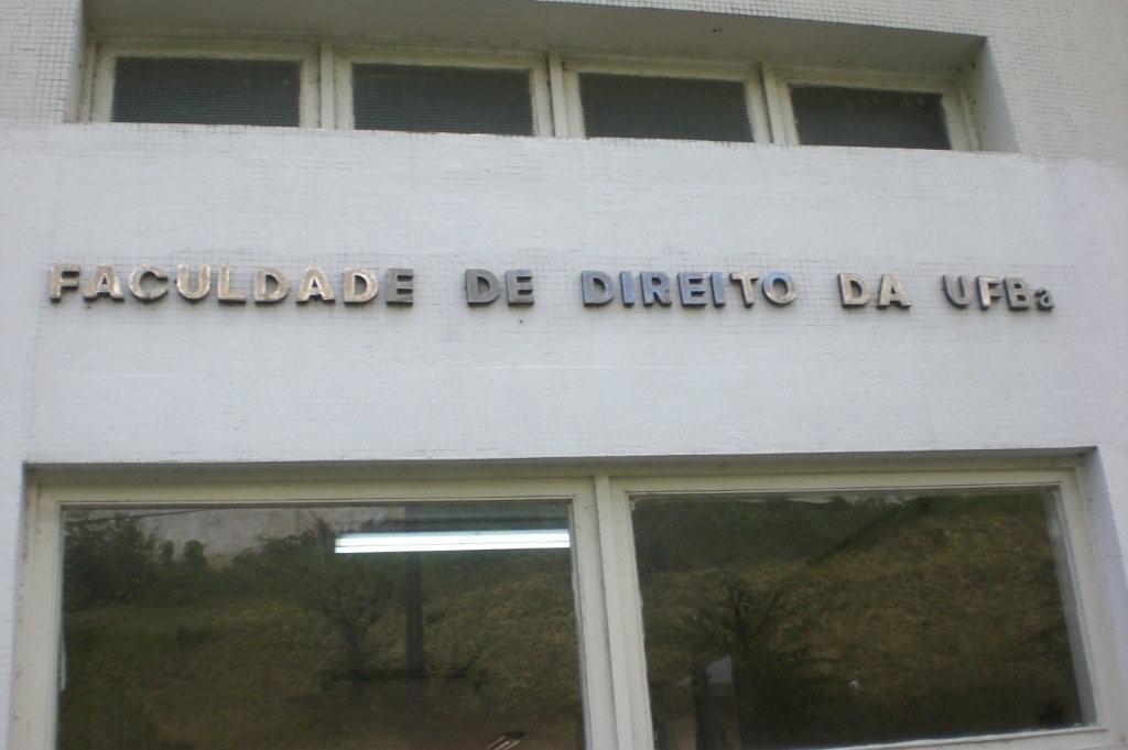 Resultado de imagem para faculdade de direito ufba